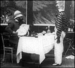Main image of Extraordinary Waiter, The (1902)