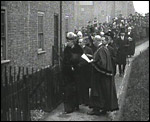 Main image of Topical Budget 603-1: Queen and Housing Problem (1923)
