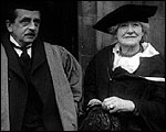 Main image of Topical Budget 697-2: Ellen Terry: Dame of Grand Cross (1925)