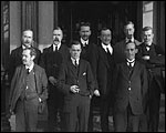 Main image of Topical Budget 177-1: Labour Delegates Meeting (1915)