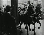 Main image of Topical Budget 243-1: Two Queens at Drury Lane (1916)