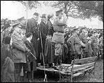 Main image of Topical Budget 247-1: Irish Volunteers (1916)