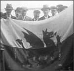 Main image of Topical Budget 831-1: Welsh Wanderers Return (1927)