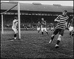 Main image of Topical Budget 262-1: Football Season Opens (1916)