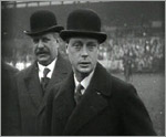 Main image of Topical Budget 584-1: Prince Cheered by 20,000 Children (1922)