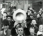 Main image of Mitchell and Kenyon: Oddfellows Procession in St Helens (c.1901)