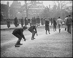 Main image of Topical Budget 284-1: London's Winter Sport (1917)