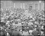 Main image of Topical Budget 291-1: The Queen at Women's Meeting (1917)