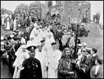 Main image of Topical Budget 261-1: Welsh National Eisteddfod (1916)