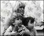Main image of Cathy Come Home (1966)