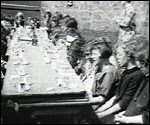 Main image of Sunny Days (1931)
