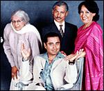 Main image of Kumars at No.42, The (2001-03)