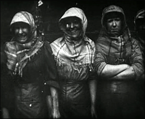 Still from A Day in the Life of a Coalminer (1910)